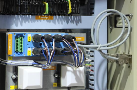 工厂自动化连接方案.png