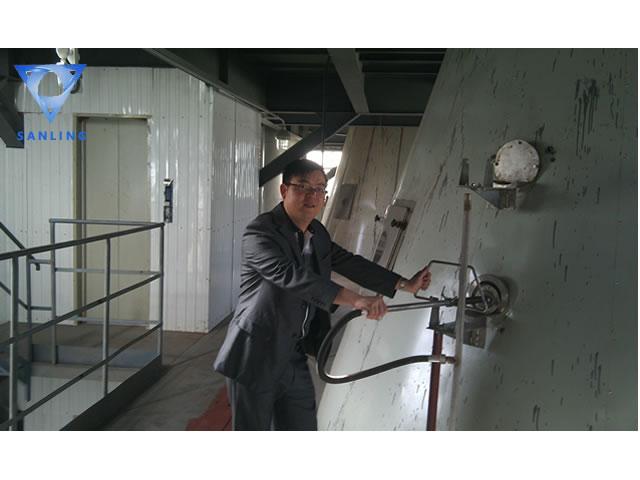 PPG喷雾干燥设备调试现场.jpg