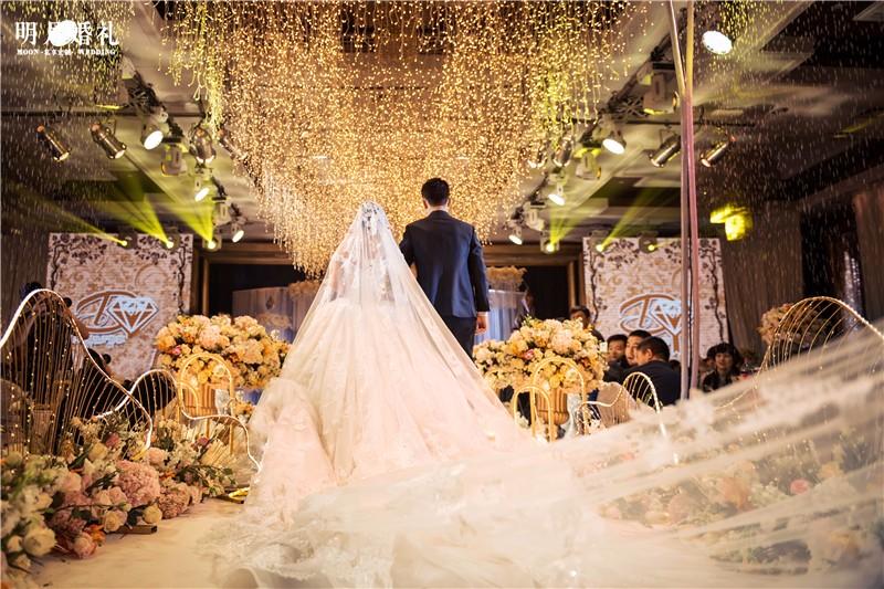 梦中的婚礼|明月私人定制婚礼-明月婚礼