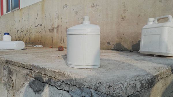 民用暖气片水盒2.jpg