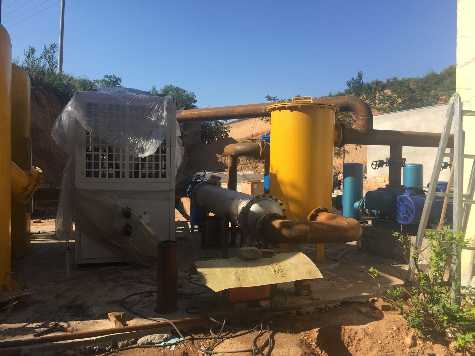山西运城市夏县垃圾填埋气预处理系统紧张安装中|成功案例-唐山圣洁环保科技有限公司