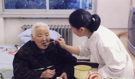 重慶家政服務老人陪護工作|家政服務常識-重慶浩鄰家政服務有限公司