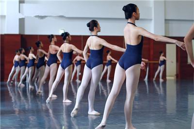 舞蹈培訓.jpg
