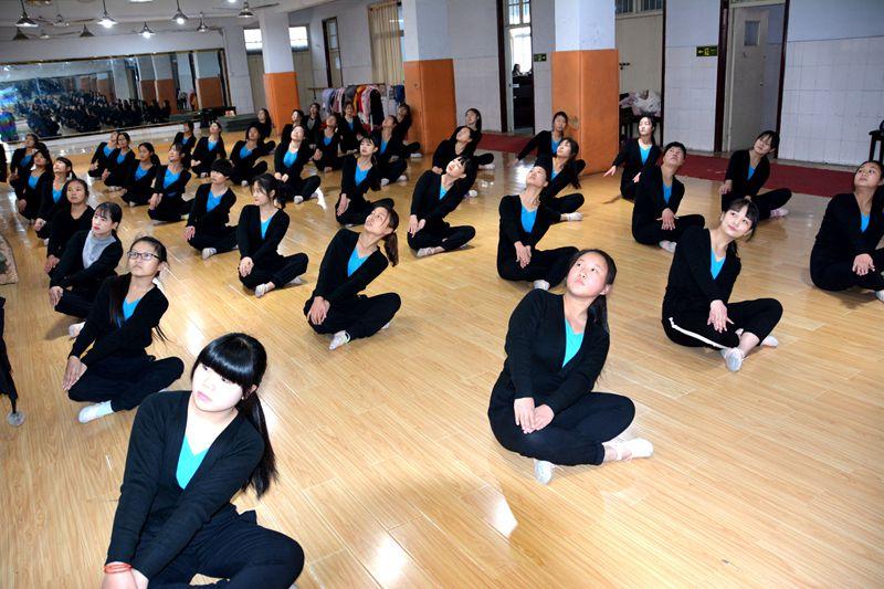 音乐艺术|音乐艺术-镇平县工艺美术中等职业学校