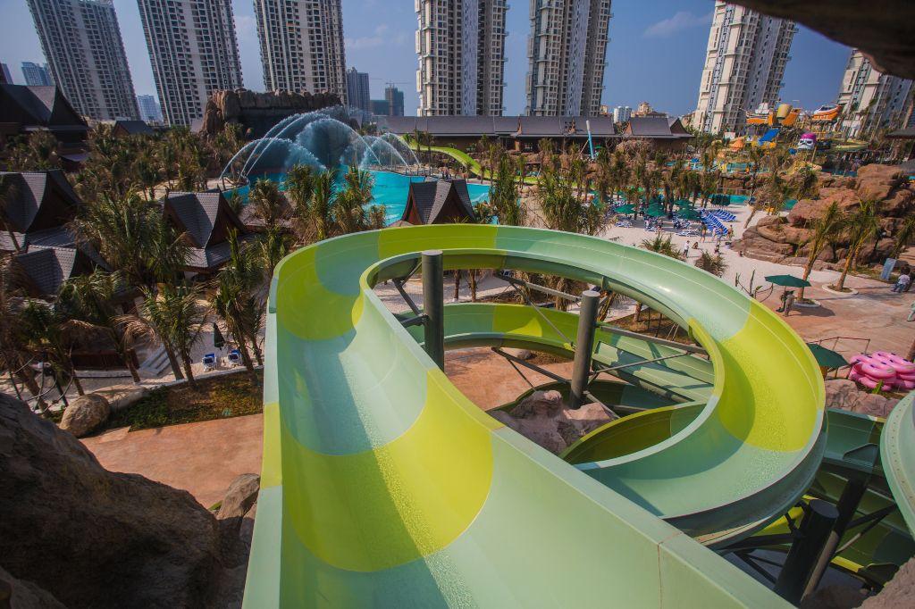 Spiral slide|Spiral Slide-广州星江源游乐设备有限公司