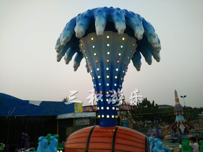 江苏苏州现场安装梦幻陀螺|客户案例-荥阳三和游乐设备厂