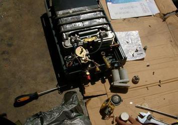 年代热水器打不着火维修案例