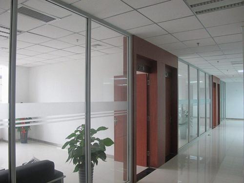 单玻隔墙|办公室单玻玻璃隔墙-西安耐格家具有限责任公司