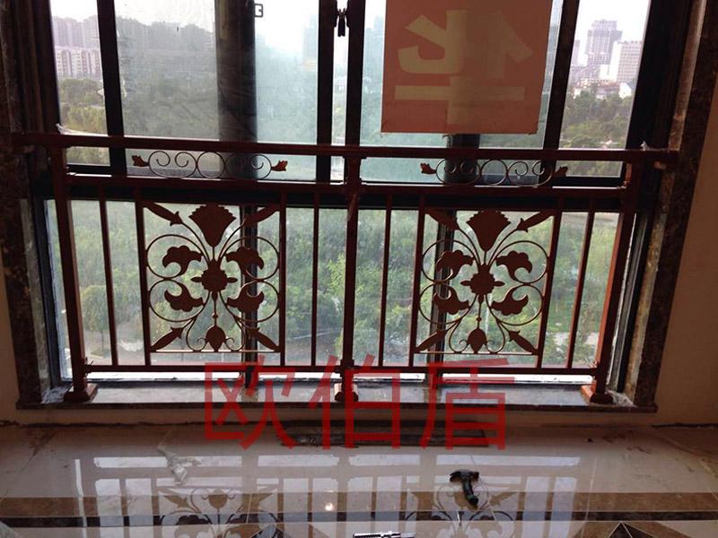 别墅配套案例——护栏 案例展示中心-南京欧伯盾门窗有限公司